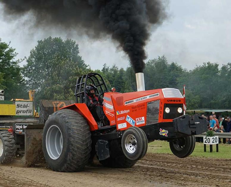 Tractor pulling on North Funen